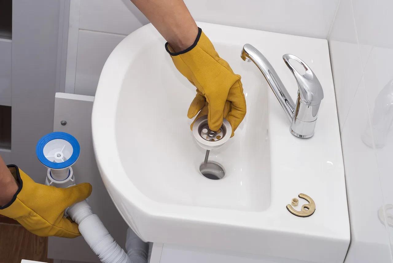 Sinks & drains